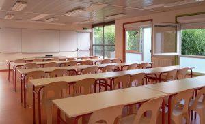 Intérieur des classes au Collège de POUILLY EN AUXOIS